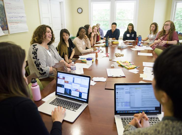 Peer educators participate in a new training session SAVE: Stanford Anti-Violence Educators. Image credit: Linda A. Cicero